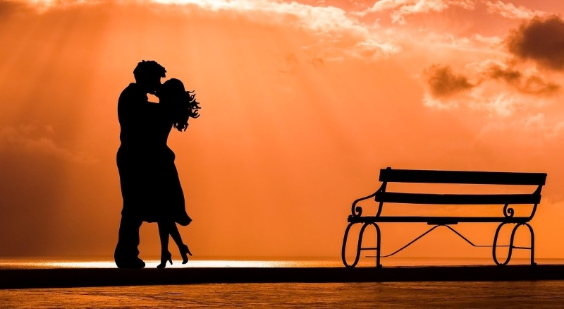 Romance Writing Course - This Kiss